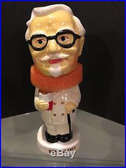 1960's Colonel Sanders Vintage Papier Mache Bobble Bobbing Head Doll Mint