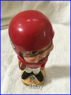 1960s AFL NFL KANSAS CITY CHIEFS BOBBLEHEAD, NODDER, BOBBLE HEAD VINTAGE