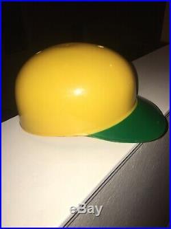 1969 Vintage Oakland As Athletic Batting Helmet Green Yellow Pristine Bear Mint