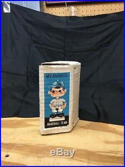 Los Angeles Dodgers Vintage Nutter Bobble Head Baseball Gold Base Japan 1960S