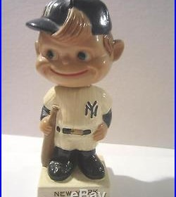 New York Yankees Vintage Rare Bobblehead Nodder 1961-1963 White Square Base Set