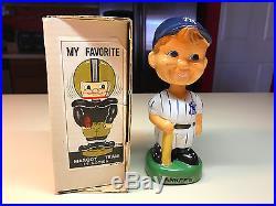 Old Vtg Ceramic 1980 NY NEW YORK YANKEES Bobblehead Boy With Bat in Box