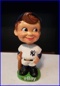 Original Vintage 1962 New York Yankees Bobble Head Green Base Made In Japan