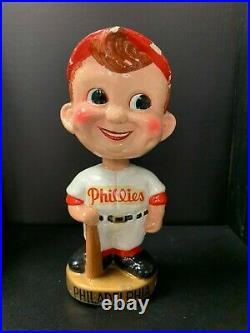Philadelphia PHILLIES Vintage Nodder Gold Base Bobblehead Bobbing Bobble Head
