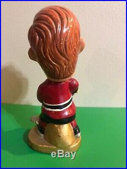 RARE VINTAGE 1960s CHICAGO BLACKHAWKS NHL BOBBLEHEAD ROUND BASE BOBBY HULL