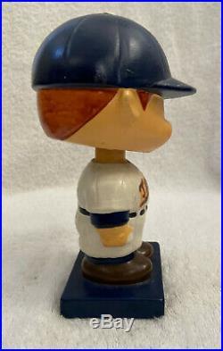VINTAGE 1960s MLB MINNESOTA TWINS BASEBALL BOBBLEHEAD NODDER BOBBLE HEAD