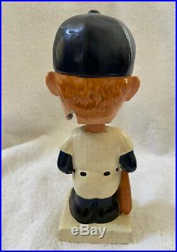 VINTAGE 1960s MLB NEW YORK YANKEES MICKEY MANTLE BASEBALL BOBBLEHEAD NODDER
