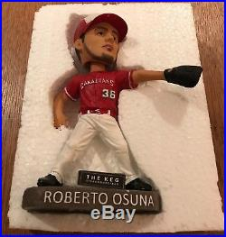 VINTAGE 2016 MLB ROBERTO OSUNA Toronto Blue Jays BOBBLEHEAD Vancouver Canadians