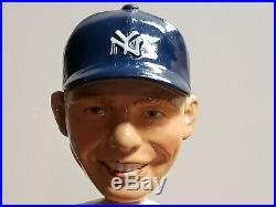 VTG Mickey Mantle New York Yankees 1962 Bobble Head Nodder 7 1/2 SQUARE BASE