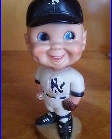 Very Rare Vintage Memorabilia 1974 New York Yankees Bobble Head Nodder