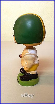 Vintage 1960's Ceramic BOBBLEHEAD Oregon DUCKS Football TOES UP 7 Inch Nodder