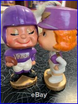 Vintage 1960's Minnesota Vikings Kissing Bobblehead Bobble Head Nodder