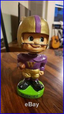 Vintage 1960s UW WASHINGTON HUSKIES Bobble Head Football Memorabilia UDUB Rare