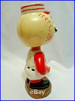 Vintage 1967 Cincinnati Reds Baseball Bobblehead Bobbing Head Gold Base