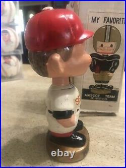 Vintage Bobble Head Nodder Washington Senators Red Cap Gold Base
