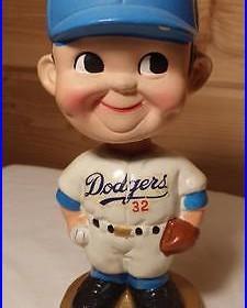 Vintage Bobblehead Los Angeles Dodgers 32 Regular Cap Gold Base Set