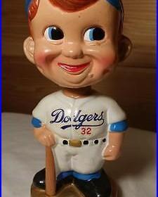 Vintage Bobblehead Los Angeles Dodgers 32 Swirl Cap Gold Base Set