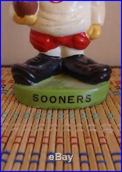 Vintage Bobblehead Oklahoma Sooners 1965 Nodder College Series Round Green Base