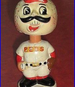 Vintage Cincinnati Reds Chalk Bobblehead Nodder ca 1960s