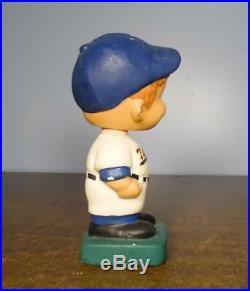 Vintage MINNESOTA TWINS BOBBLE HEAD DOLL Bobbing, Nodder ML Baseball c1962