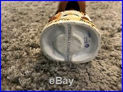Willie Mays Vintage White Base Bobblehead-Correct Signature Super Rare